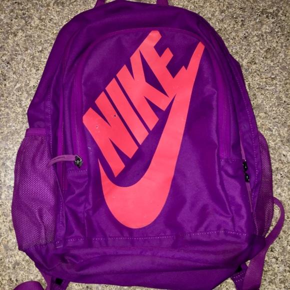 e08c1047f0b34 Nike Hayward Futura Backpack. M 5b6f3596bf7729fe4b47b572